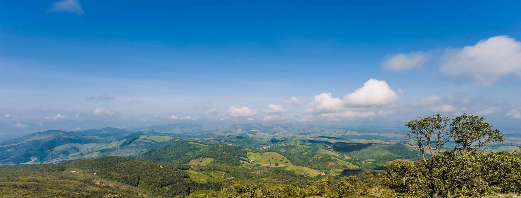 Paisagem_das_montanhas_de_Ibitipoca_-_Minas_Gerais